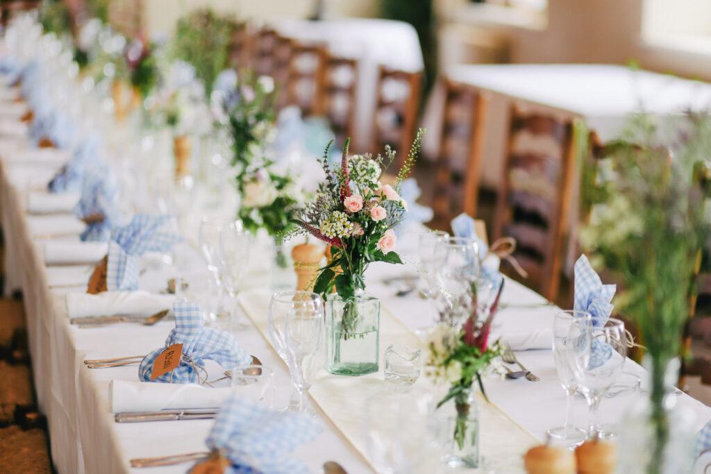 Allestimento tavolo di matrimonio