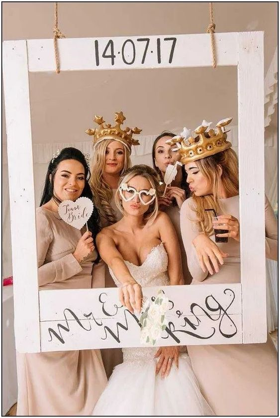 Cornice photobooth