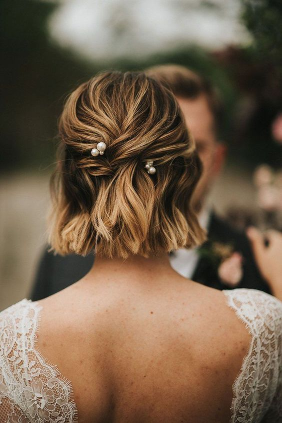 Sposa con capelli corti