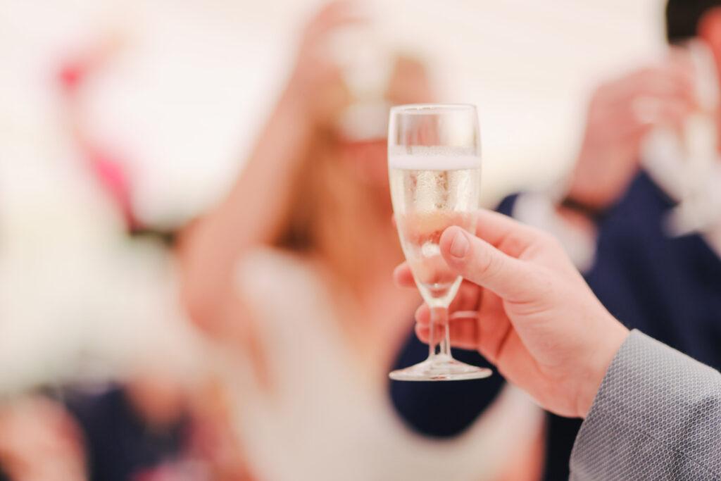 Brindisi agli sposi del testimone di nozze