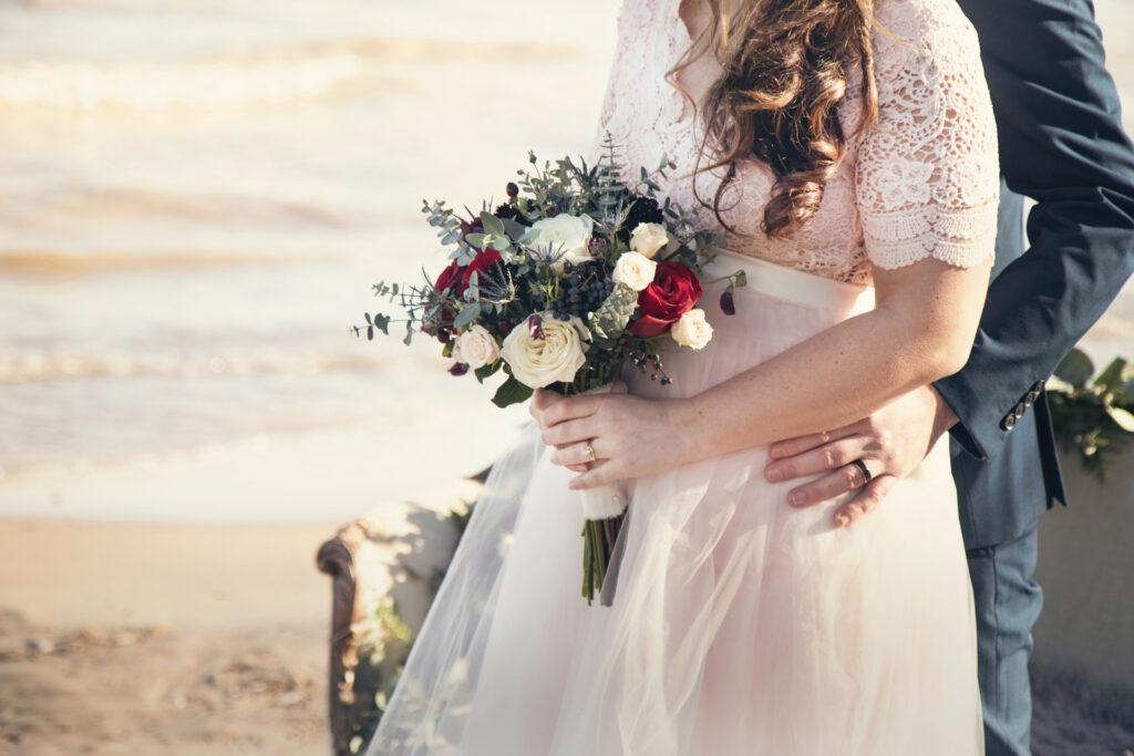 Abiti da sposi per matrimonio in spiaggia