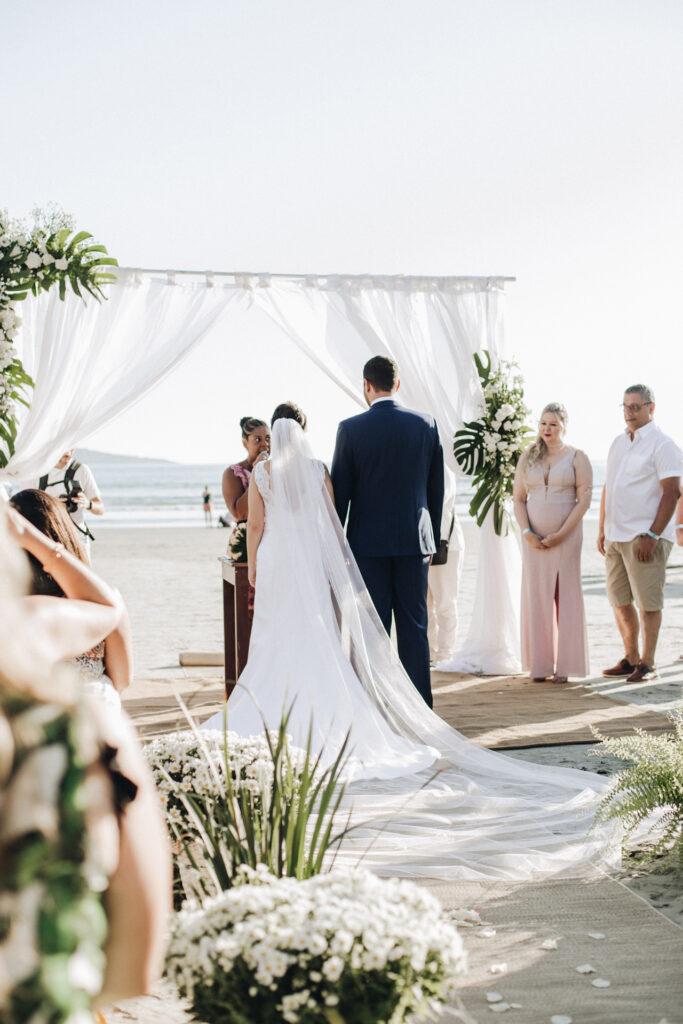 Cerimonia di nozze sul mare